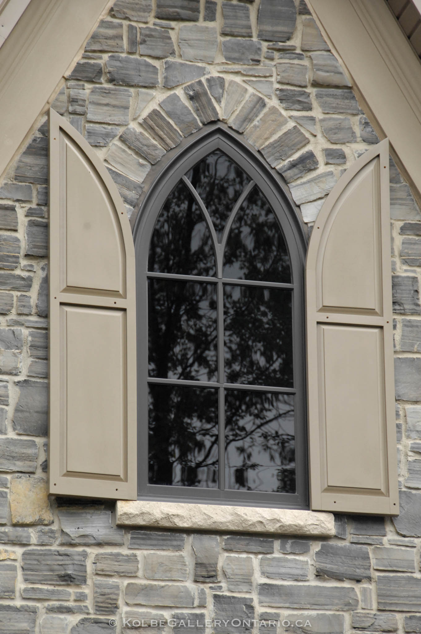 KolbeGalleryOntario.ca-windows-and-doors---20130903-133906