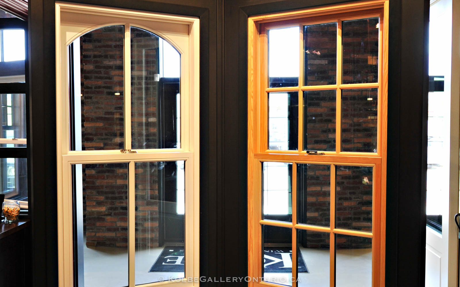 KolbeGalleryOntario.ca-windows-and-doors-Oakville-showroom-20120510-095907