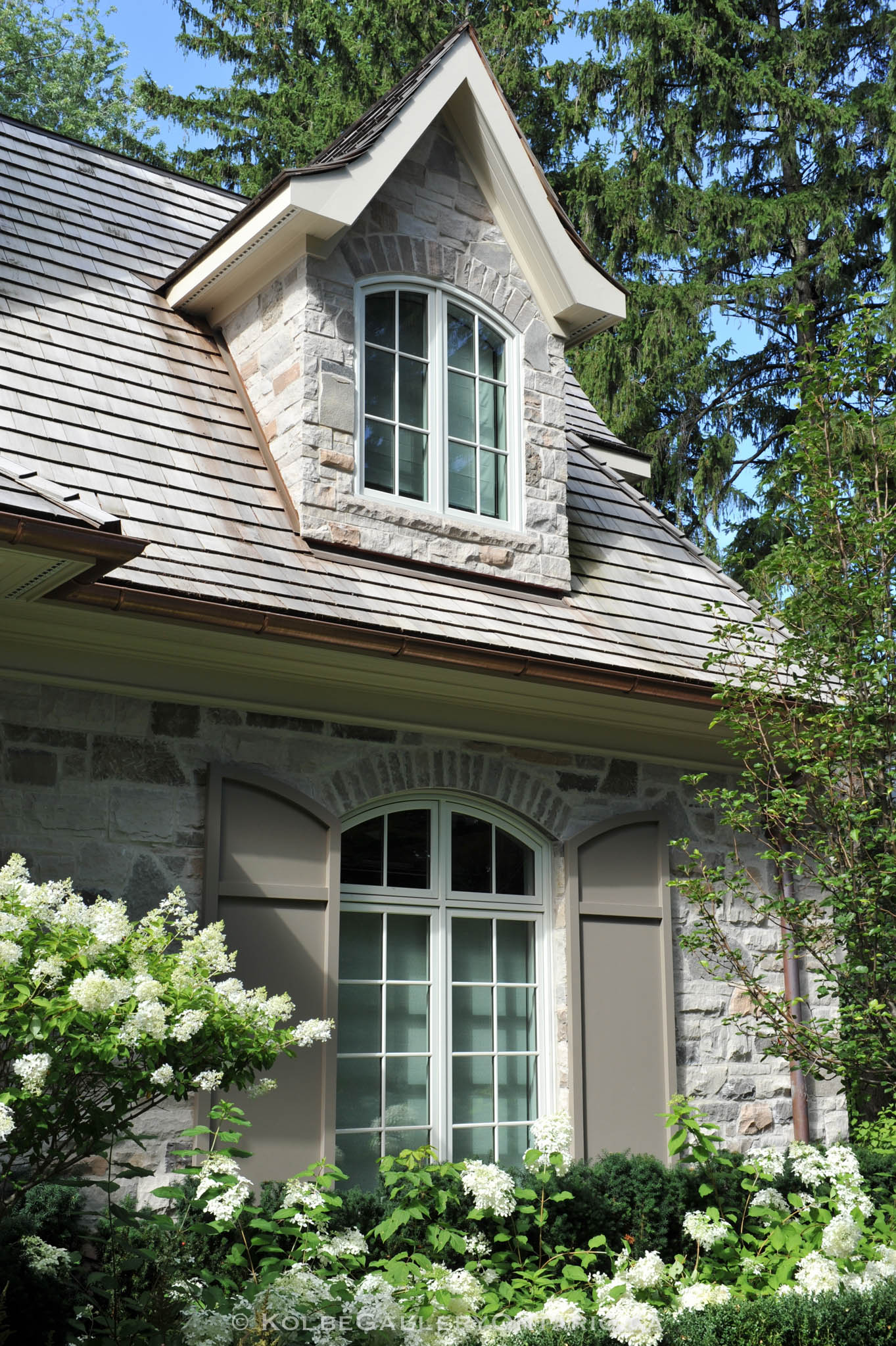 KolbeGalleryOntario.ca-windows-and-doors---20120727-060825