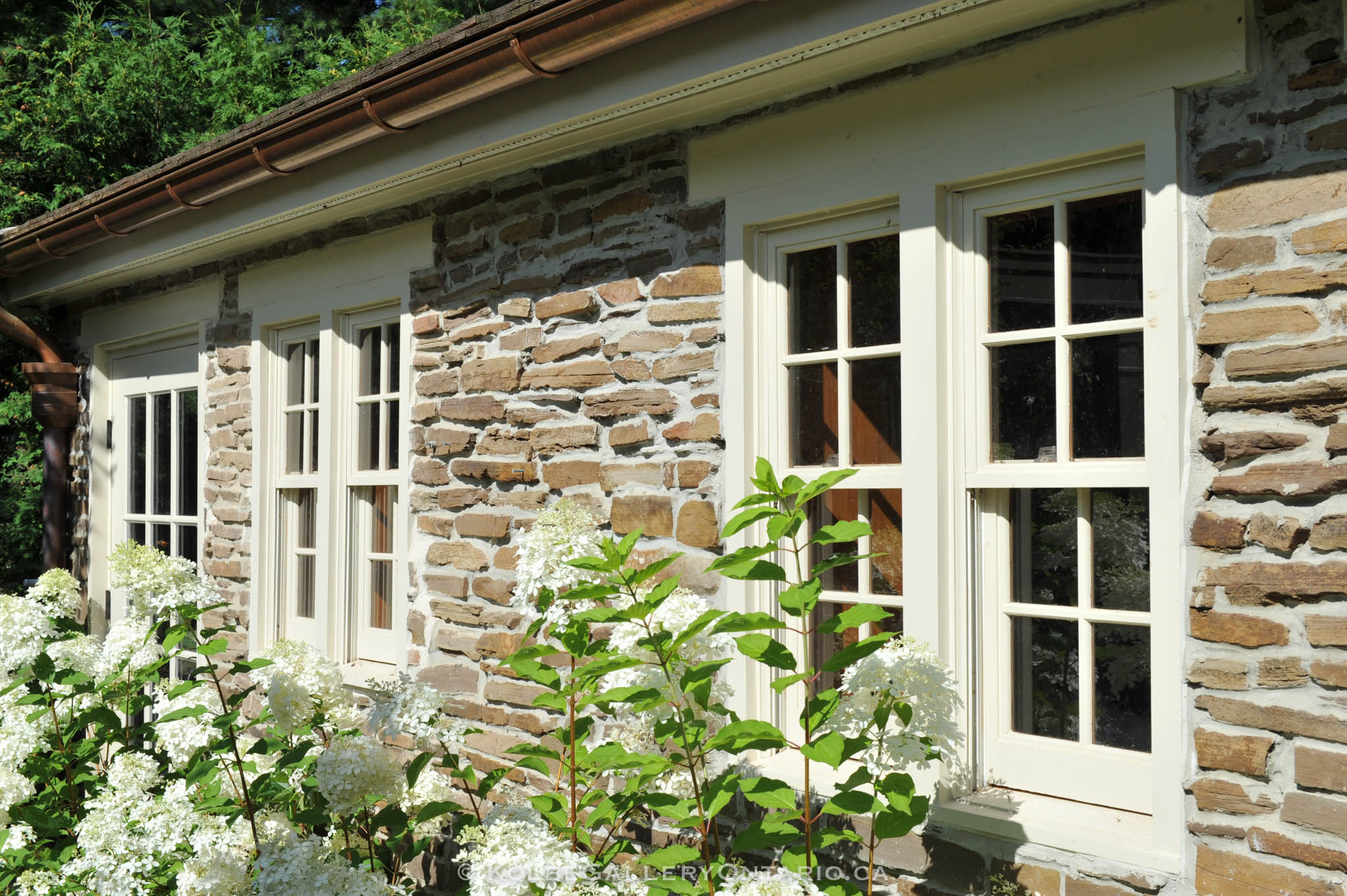 KolbeGalleryOntario.ca-windows-and-doors---20120727-060455